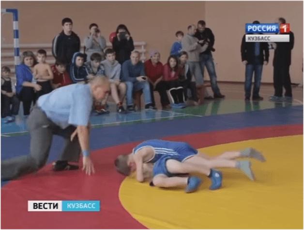 Открытый турнир по греко – римской борьбе среди юношей прошел в посёлке Промышленная