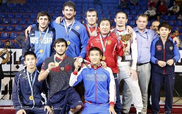 Юниорская сборная России по вольной борьбе выиграла Кубок Мартурса в Иране
