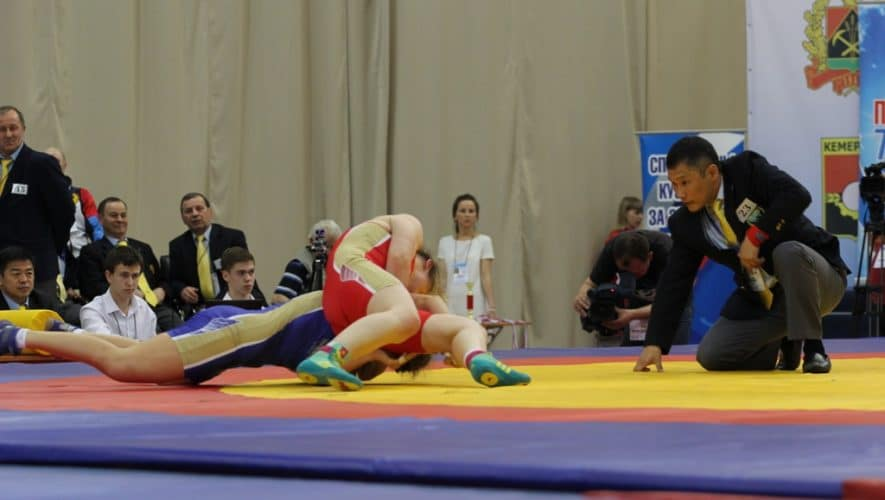 Чемпионат России по вольной борьбе среди женщин в Кемерове